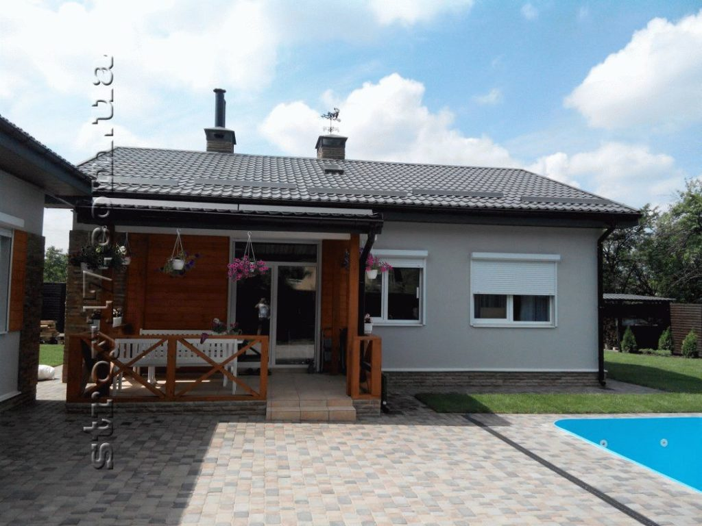 Какой дом дешевле — одноэтажный или двухэтажный?
