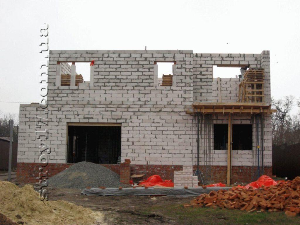 Частный дом из газоблоков фото 1