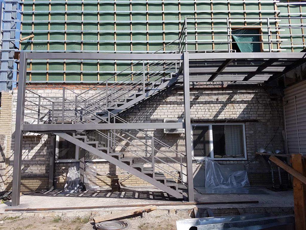 Реконструкция пожарной лестницы фото 3